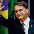 Президент Бразилии взял на руки карлика вместо ребенка