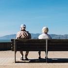 Средняя пенсия казахстанцев упала ниже 100 тысяч тенге