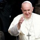 Бразильская модель получила лайк от аккаунта Папы Франциска. Ватикан обратился к Instagram