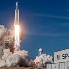 SpaceX отправит космических туристов в космос в 2021 году