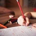 Ученики 3 и 4 классов смогут учиться в школе, а не онлайн