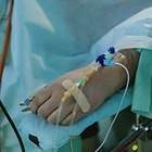 В Алматы провели первую операцию пациенту с COVID-19