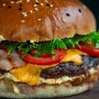 «Бургер Кинг» попросил клиентов заказывать еду в «Макдональдсе»