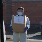 Волонтеры столицы раздали пенсионерами продуктовые корзины