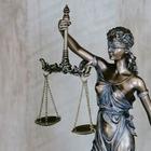 Следовательница пытается лишить адвоката лицензии