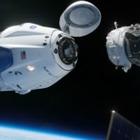 Crew Dragon успешно состыковался с Международной космической станцией