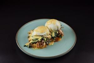 5 легких рецептов на завтрак: Шакшука, пита со скрэмблом и яйцо пашот