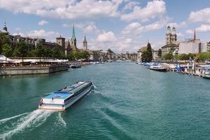 «Швейцарцы, как их часы, — точные»: Казахстанцы в Швейцарии