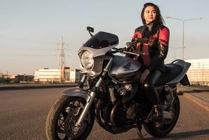 «На дороге помни — все хотят тебя сбить»: Мотоциклисты Астаны
