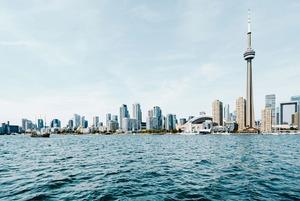 «Канадцы рады иммигрантам»: Казахстанцы в Канаде