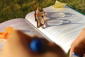 Гранты, стипендии и стажировки сентября