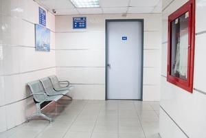 С самолета в больницу: Как я провела два дня на карантине в Шымкенте