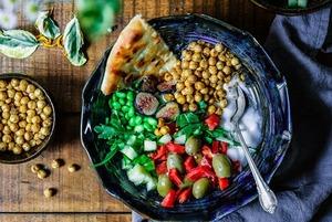 Вегетаринские и веганские блюда: 5 мест в столице, где их можно найти