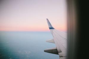 8 дешевых авиабилетов в Берлин, Душанбе, Варшаву, Прагу и Дубай