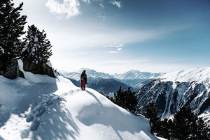 Горный гид алматинца: 7 альплагерей, школ пребывания в дикой природе и уроков скалолазания
