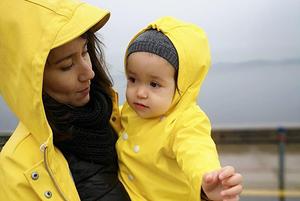 Секреты молодых мам: Как правильно заботиться о детях и обеспечить им счастливое детство