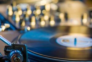7 заведений Астаны с живой музыкой и сетами от диджеев