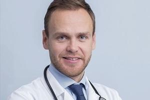 Семейный врач Дмитрий Киреев — о лечении и профилактике менингита