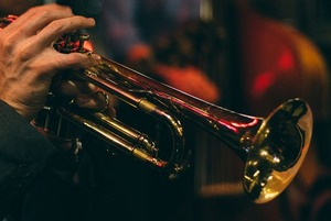 Международный джазовый фестиваль, концерт Скотта Хендерсона и выставка Нурбола Нурахмета