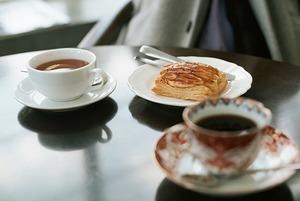 Уже открыто: Где позавтракать в Алматы рано утром