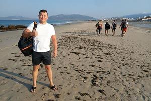 «Я переплыл Гибралтар»: История казахстанского юриста Ержана Есимханова