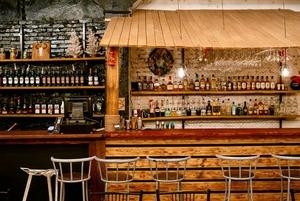 «Самый пьяный округ»: Как открыть классический американский бар в Алматы