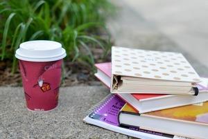 9 грантов, стипендий и стажировок в декабре за рубежом