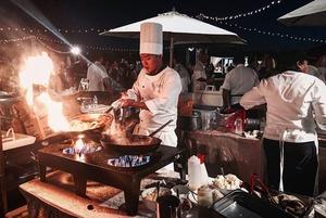 «Я работаю шеф-поваром в Исландии»: История 23-летнего Мухтара Косбаева