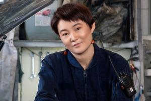 Казахстанки в мужских профессиях: Автомеханик, хирург-проктолог и осмотрщик вагонов