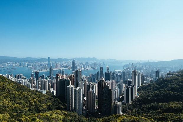Казахстанцы в Гонконге: «Зарплаты тут в пять раз выше казахстанских»