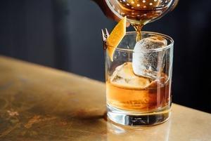Поговорить и выпить: Speak-easy бары в Алматы