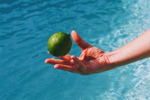 Сезон арбузов и цитрусовый микс: 6 летних коктейлей с Laimon Fresh